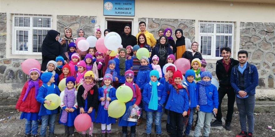 HBT Varto'daki Minik Kalpleri Isıttı