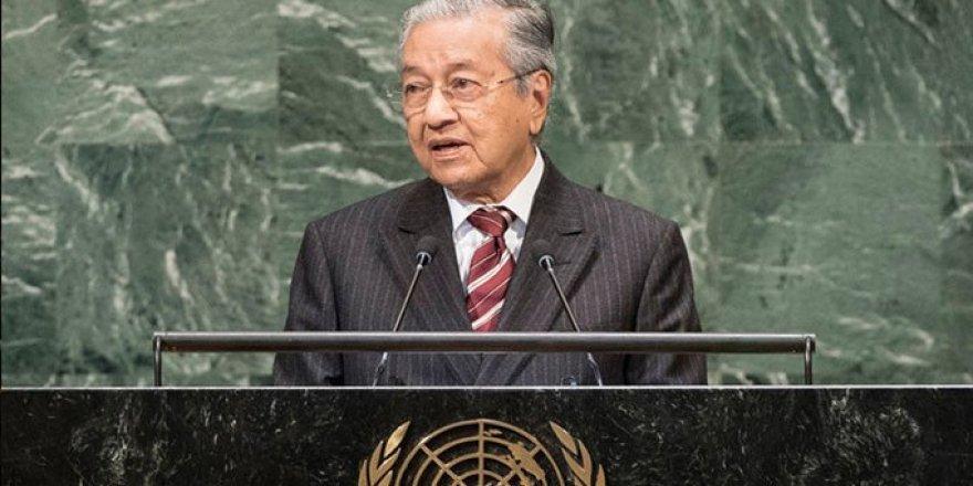 Malezya Uygurlara Kucak Açtı: Çin İstese Bile Sınır Dışı Etmeyiz