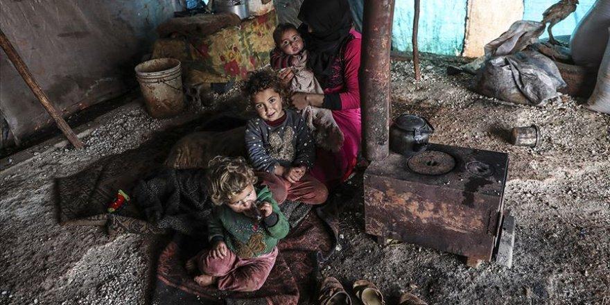 Anud ve 5 Çocuğunun Hali İdlib'deki Dramın Özeti