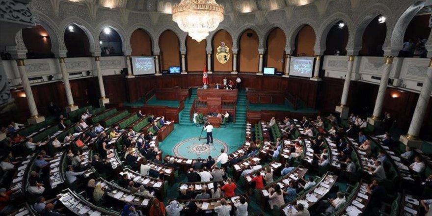 Tunus'ta Nahda'nın Önerdiği El-Cemli Hükümeti Güvenoyu Alamadı