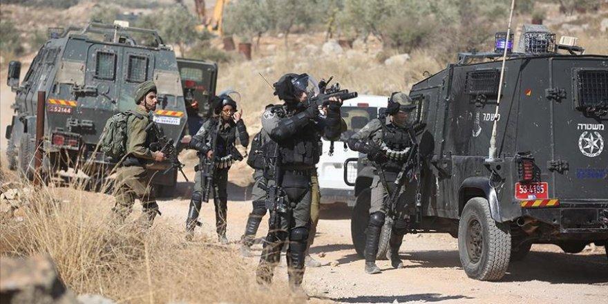 İşgal Güçleri Batı Şeria'da 3 Filistinli Göstericiyi Yaraladı