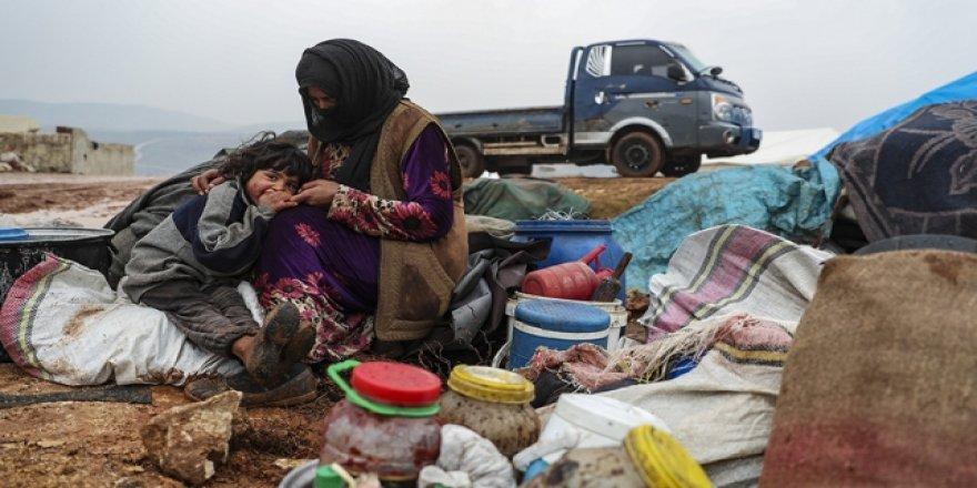 Esed Rejimi ve DestekçilerininSaldırıları Nedeniyle 13 Bin Sivil Daha Türkiye Sınırına Göç Etti