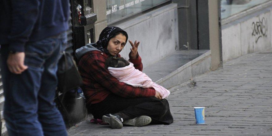 AB'nin Kalbi Brüksel'de Dilencilik Artıyor