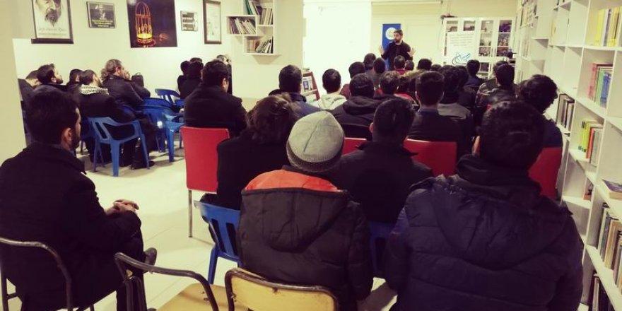 Adem Özköse, Van Özgür-Der'de Gençlerle Buluştu