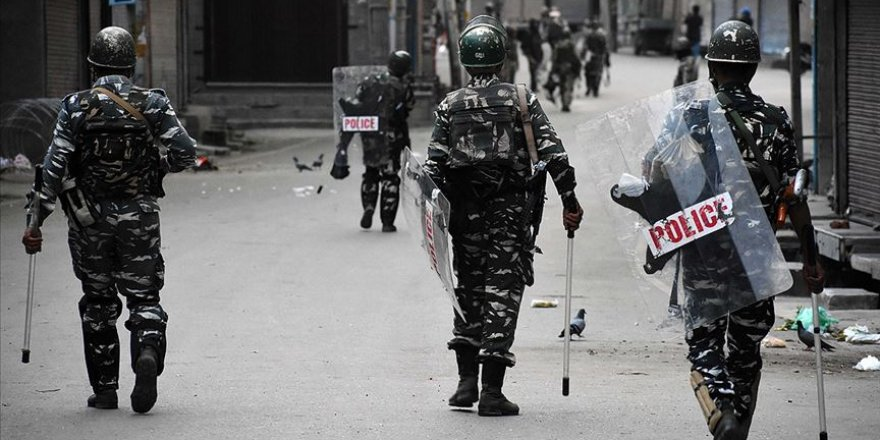 Cammu Keşmir'de Çatışma: 3 Ölü