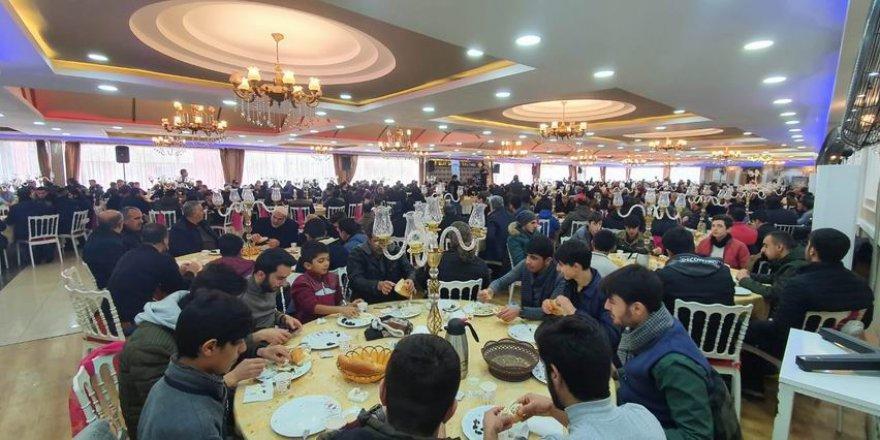 Van'da İdlib Yararına Kahvaltı Programı Düzenlendi