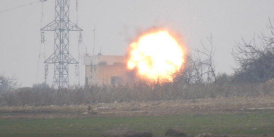 HTŞ Rus Askerlerini TOW Füzesiyle Vurdu