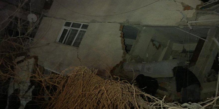Elazığ'da 15 Kişi Hayatını Kaybetti