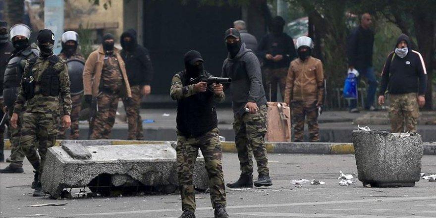 Bağdat'ta İki Gösterici Gerçek Mermiyle Öldürüldü