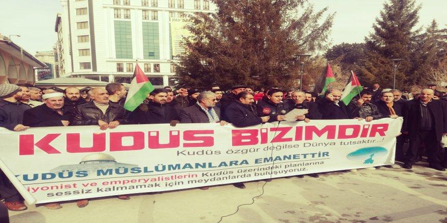 ABD'nin Kudüs'ü İlhak Girişimi Van'da Protesto Edildi
