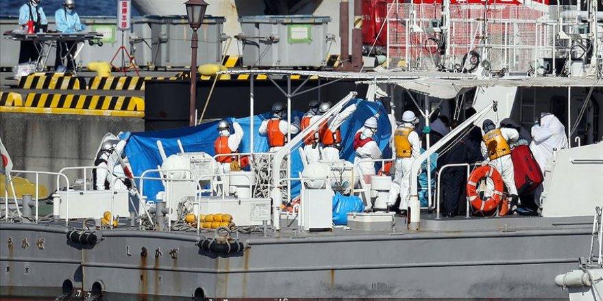 Japonya'da Karantinaya Alınan Yolcu Gemisinde 10 Kişide Daha Koronavirüs Saptandı