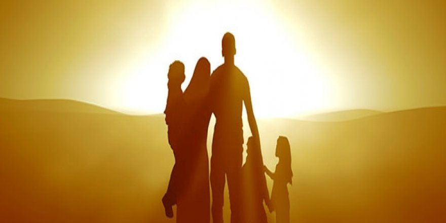Toplumun geleceği için aile olmak veya olmamak