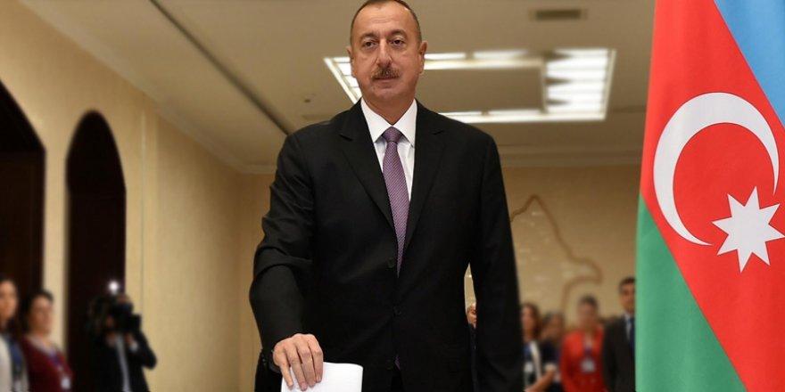 Azerbaycan Seçimlerinde 'Şaibe' İddiasında Bulunan Muhalifler Gözaltına Alındı