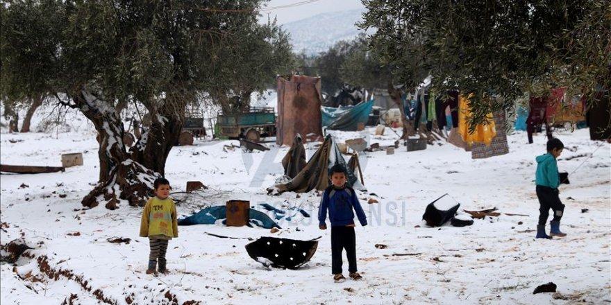 Suriye'nin Azez İlçesi Kara Teslim Oldu