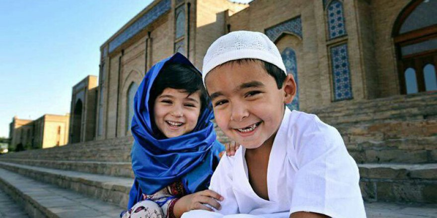 Müslüman, Çocuğunun Maddi ve Manevi Geleceğini Dert Edinmelidir