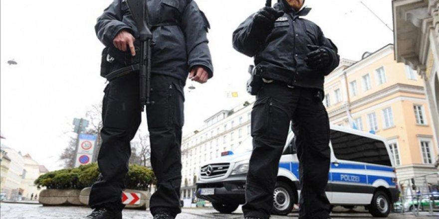 Almanya'da Aşırı Sağcıların Saldırı Planı Yaptığı Ortaya Çıktı