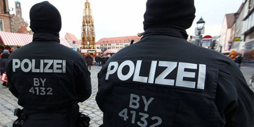 Almanya'da Aşırı Sağın Müslümanlar Üzerinden İç Savaş Hesapları Deşifre Oldu