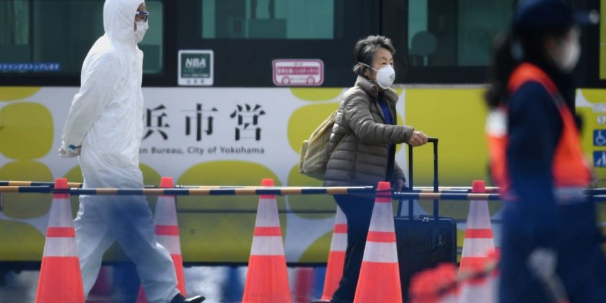 Japonya'da Karantina Altındaki Gemi Tahliye Ediliyor