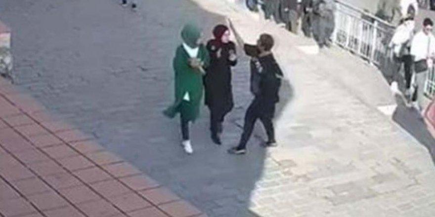 Karaköy'de Başörtülü Kızlara Yumruk Atan Saldırgana Ceza