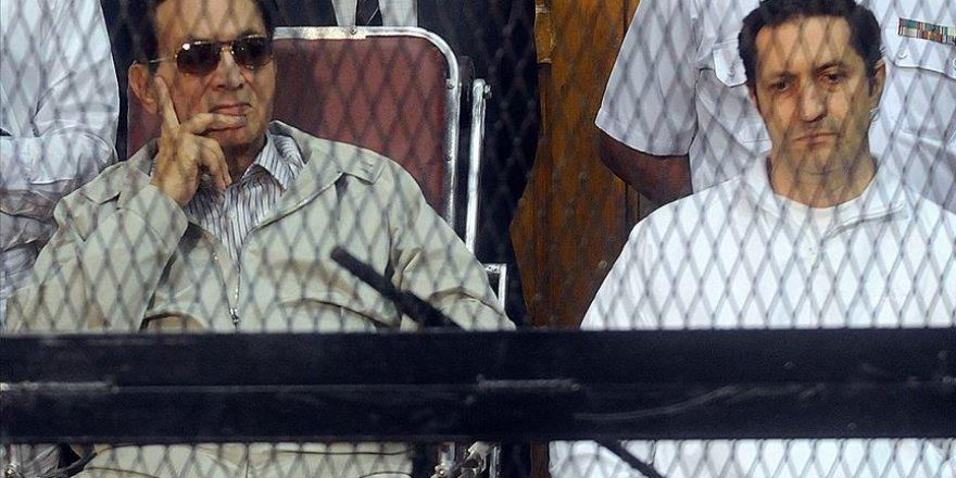 Sisi Yargısından Mübarek'in Oğullarına 'Borsa Manipülasyonu' Davasından Beraat
