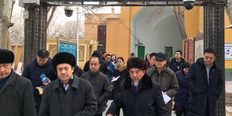 Doğu Türkistan'da Gıda Alışverişine İzin Verilmiyor