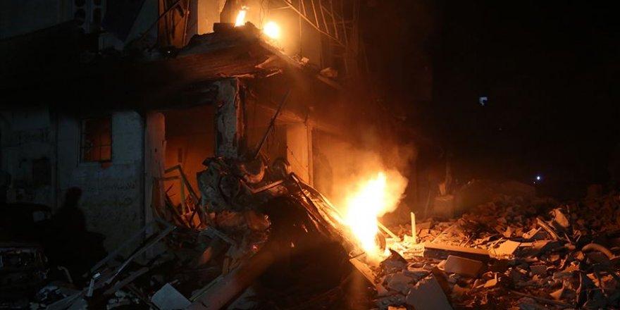 Rusya Hava Saldırısıyla İdlib'de 9 Sivili Katletti