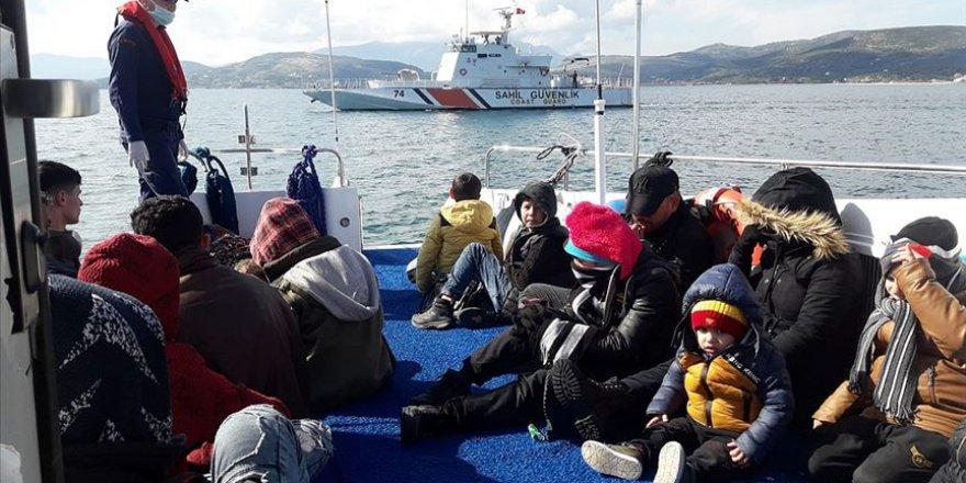 Yunanistan'ın Adada Ölüme Terk Ettiği Sığınmacıları Türkiye Kurtardı