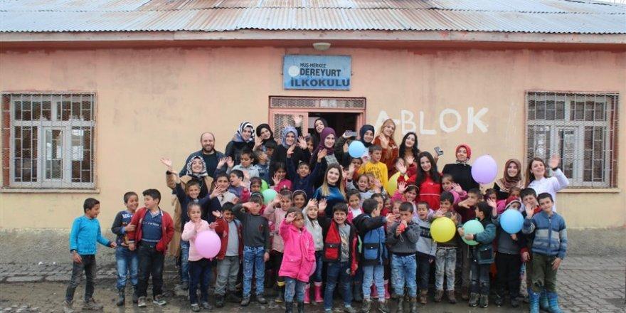 HBT, Köydeki Çocukları Mutlu Etmeye Devam Ediyor