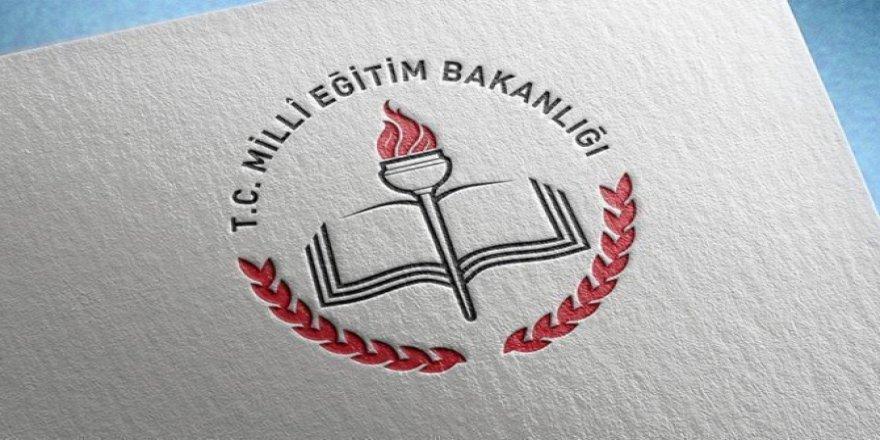 Okullar, öğretmenlerin idari izinli olduğu 10-11 ve 12 Mayıs'ta uzaktan eğitime ara verecek