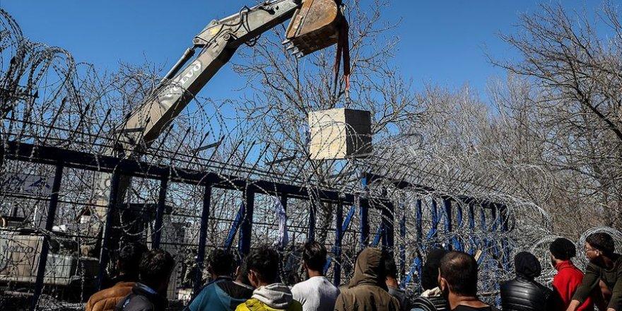 Yunanistan Göçmenlerin Karşısına Beton Duvarlar Ördü