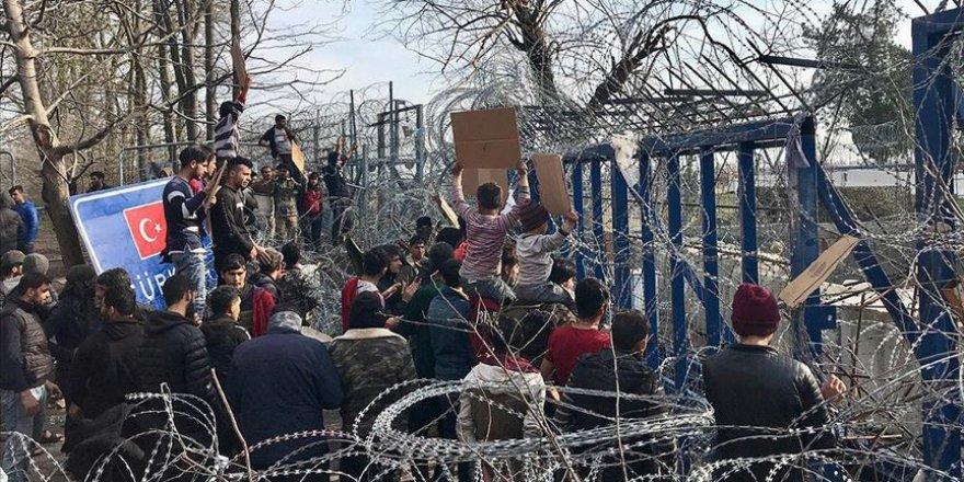 Sığınmacılar Sınırda 17 Gündür Bekliyor