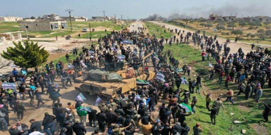 Suriyelilerin Tepkisi Rus Konvoyunu Geri Dönmeye Mecbur Etti