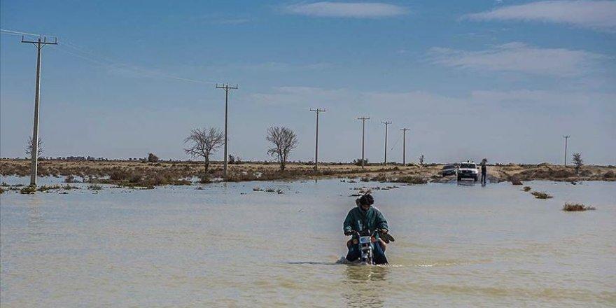 İran'da Sel: 7 Ölü