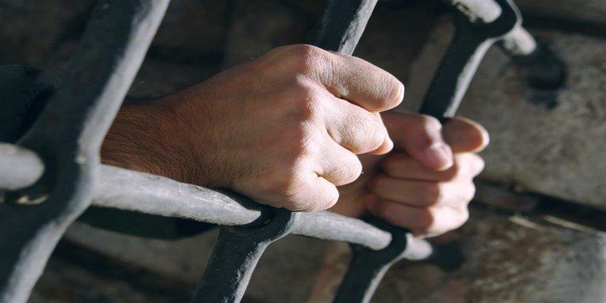 Koronavirüs Tehdidi Altındaki Arap Ülkelerinin Siyasi Tutuklularla İmtihanı