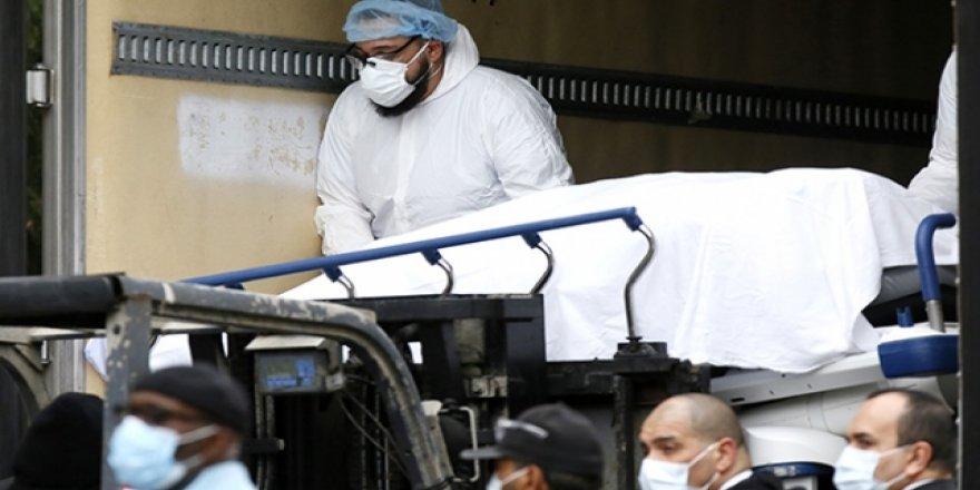 ABD'de Hastanelerden Sağlık Çalışanlarına 'Kovulma' Tehdidi