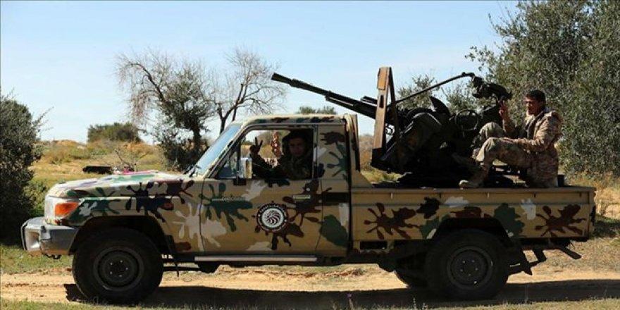 Darbeci Hafter Güçleri Ateşkesi 180 Kez Bozdu