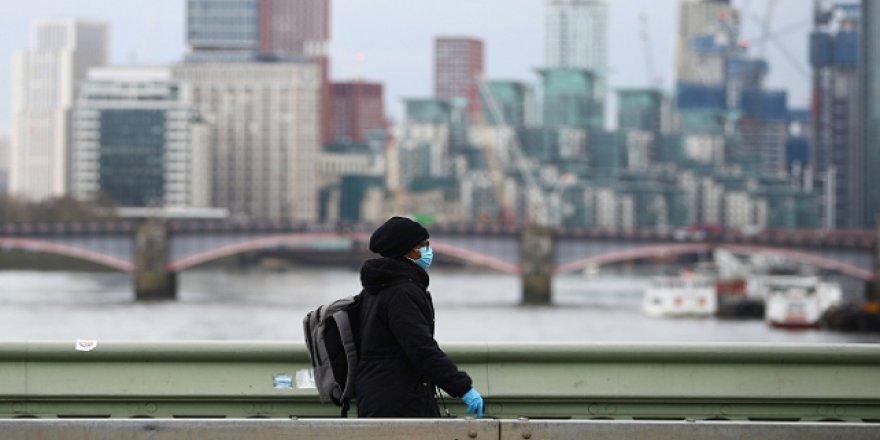 İngiltere'de Son 24 Saatte 621 Kişi Koronavirüsten Öldü