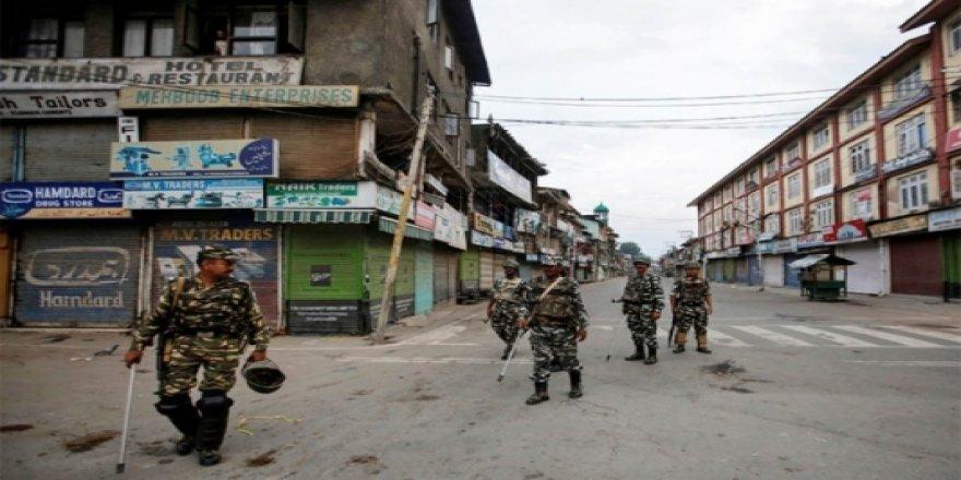 Cammu Keşmir'de Çatışma: 8 Ölü