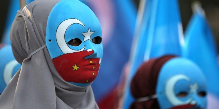 Çin'de İnsan Hakları İhlallerine Koronavirüs Kılıfı
