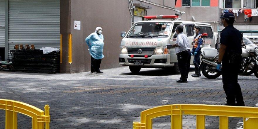 Singapur'da Yaklaşık 20 Bin Yabancı İşçi Karantinaya Alındı