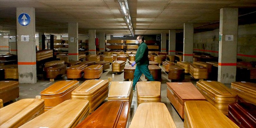 İspanya'da Koronavirüsten 739 Kişi Daha Hayatını Kaybetti