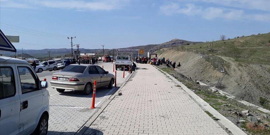 PKK Diyarbakır'da Odun Toplamaya Giden Köylülere Saldırdı!