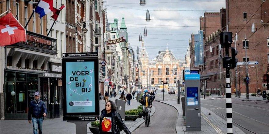 Hollanda, İnsanları Dijital Takibe Almayı Planlıyor