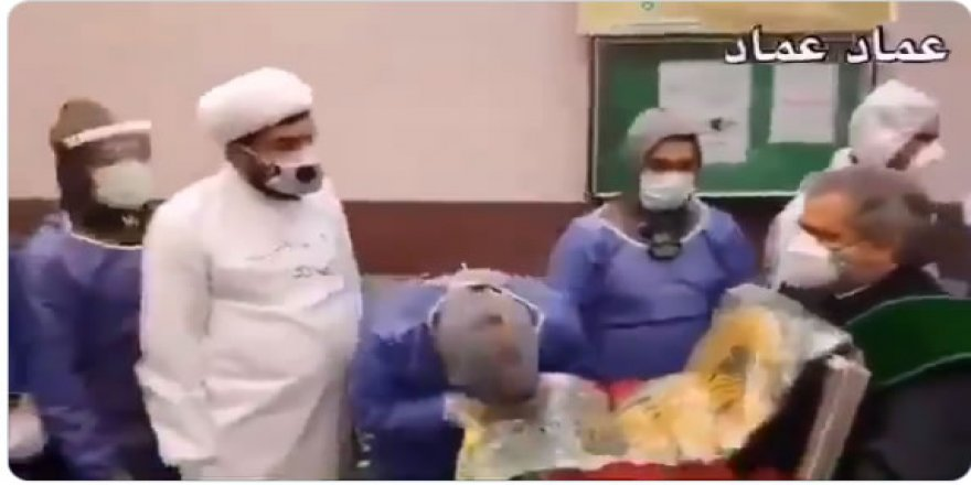 İran'da Şifa(!) Maksadıyla İmam Rıza'nın Türbe Örtüsü Dolaştırılıyor