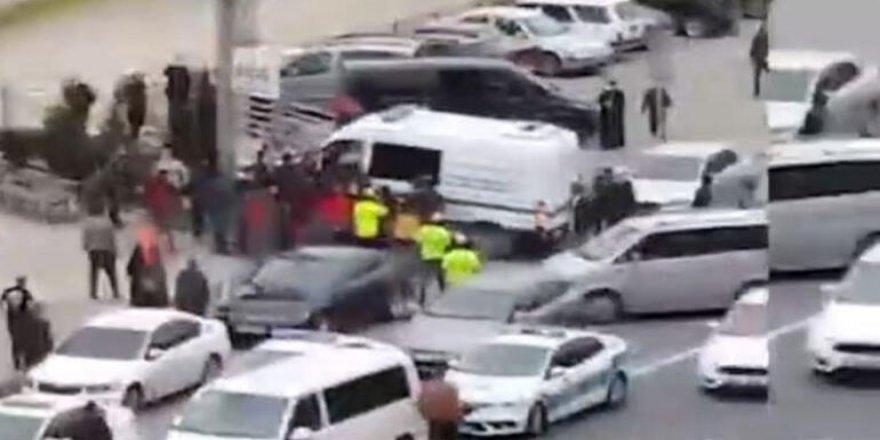 Haydar Baş'ın Cenazesinde Belediye Personelini Darp Edenler Hakkında Suç Duyurusu