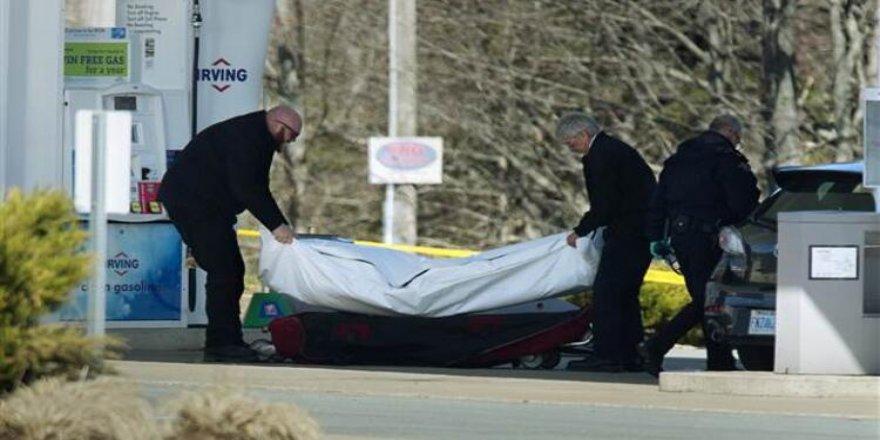 Kanada'da COVID-19'dan Ölenlerin Sayısı 8 Bin 663'e Yükseldi