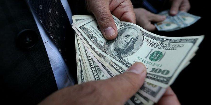 Dolar 7 Lirayı Zorluyor