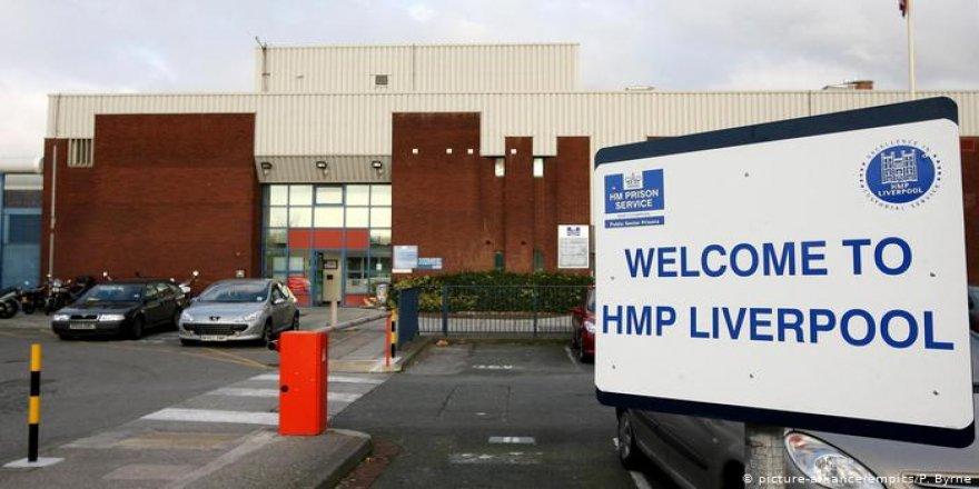 İngiltere'ye Ağır Cezaevi Eleştirisi