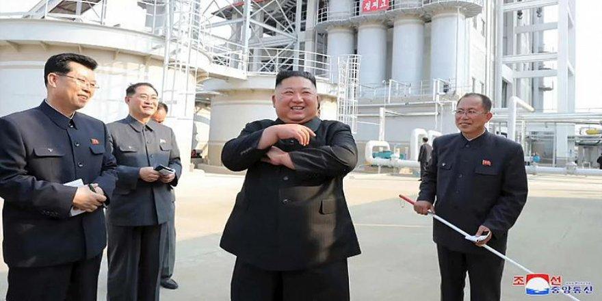 'Öldü' Denilen Kuzey Kore Lideri Fabrika'da Ortaya Çıktı
