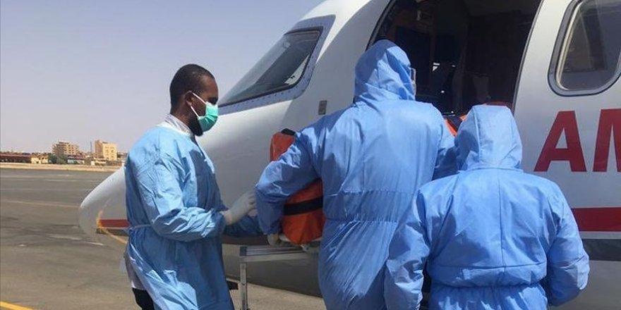 Sudan'da Kovid-19 Tanısı Konulan Türkiye Vatandaşı Tedavi İçin Türkiye'ye Getirildi